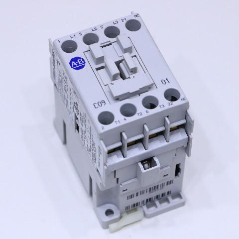 ALLEN BRADLEY 100-C09E01 CONTACTOR 9 A 380V 60 HZ