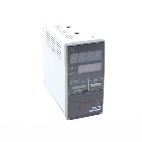 * YAMATAKE SDC20 C205GA00201 DIGITIAL INDICATING CONTROLLER 85-264 VAC