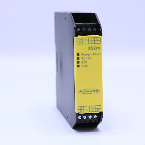 NEW BANNER ENGINEERING XS2RO SAFETY RELAY OUTPUT MODULE