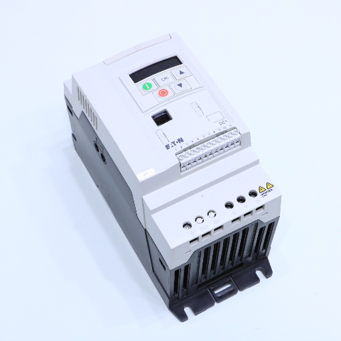 EATON DC1-349D5FB-A20N 4KW 5HP DC1 POWER XL VARIABLE FREQUENCY DRIVE
