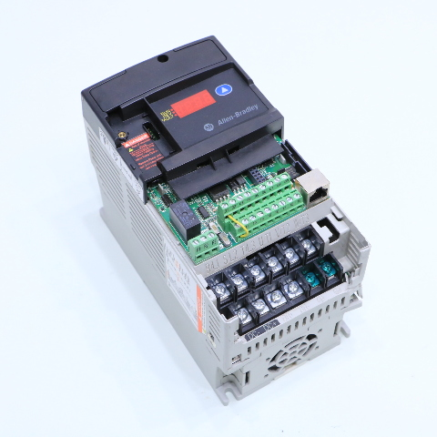 ALLEN BRADLEY 22D-D6P0N104 AC DRIVE POWERFLEX 40 2.2 KW 3HP