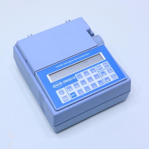 HACH DR/2010 49350-60 PORTABLE DATALOGGING SPECTROPHOTOMETER