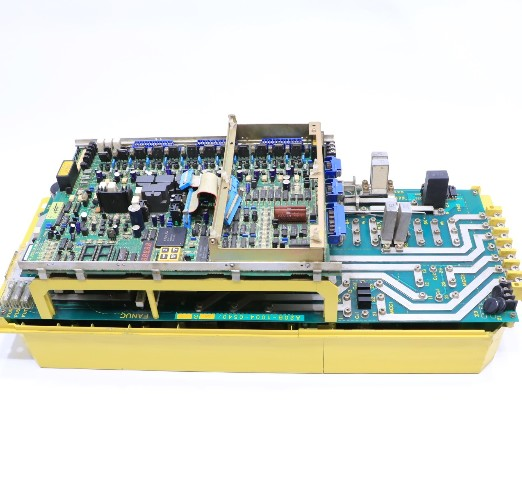 * FANUC A06B-6059-H226#H607 AC DIGITAL SPINDLE SERVO DRIVE