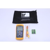 * NEW FLUKE 52 II THERMOCOUPLE THERMOMETER W/ CASE