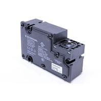* NEW SCHMERSAL TZFWS-24VDC SOLENOID INTERLOCK