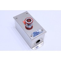 * SQUARE D 9001 KYC-1 STAINLESS STEEL ENCLOSURE 600VAC W/ KM1 BUTTON