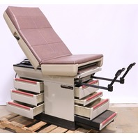 * MIDMARK 404 404-005 EXAM TABLE W/ STIRRUPS & DRAWERS