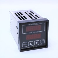 NEW WATLOW 945 945A-1DA1-A000 DIGITAL TEMPERATURE CONTROL