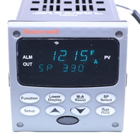 HONEYWELL UDC2500 DC2500-C0-0A00-200-00000-E0-0 TEMPERATURE CONTROLLER