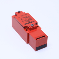 NEW TELEMECANIQUE XCS-A701 SAFETY LIMIT SWITCH