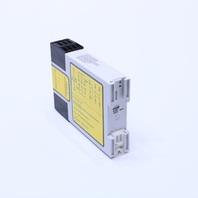 NEW BANNER AT-FM-10K SAFETY RELAY 200MA 6AMP 250VAC 12/30VDC