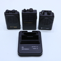 LOT OF (3) MOTOROLA NLN38222A/ NLN3821A MINITOR II SV PAGER/ CHARGER