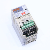 YASKAWA CIMR-V7AM20P7 DRIVE 1 HP 0.75 KW 5 AMP 200-230 VAC 3 PHASE