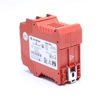 ALLEN BRADLEY MSR138DP GUARDMASTER SAFETY RELAY