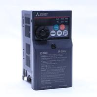 * MITSUBISHI D700 FR-D720-008-NA 3 PHASE 240 V INPUT / OUTPUT 1 / 8 HP