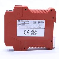 ALLEN BRADLEY GUARDMASTER 440R-D23169 SAFETY RELAY