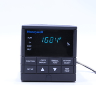 * HONEYWELL UDC2000 DC200E-0-000-100000-0 TEMPERATURE CONTROLLER  120VAC
