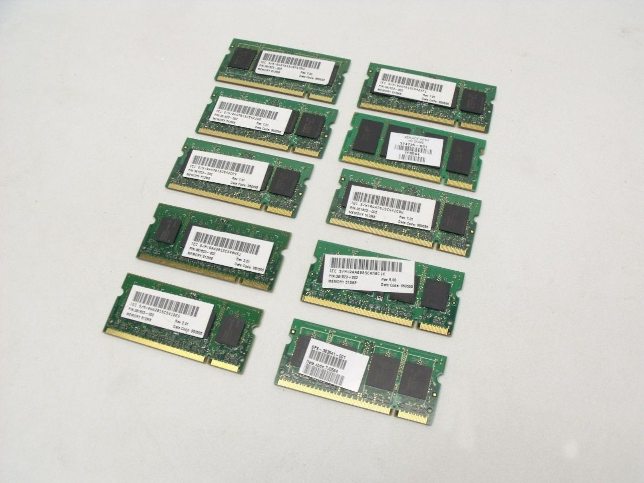 Lot Of 10 512mb 2rx16 Pc2 3200 333mhz Ddr2 Ram Laptop Memory Sticks Sodimm