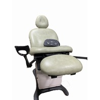 MidMark 75L Programmable Gen II Exam Chair + Foot Pedal