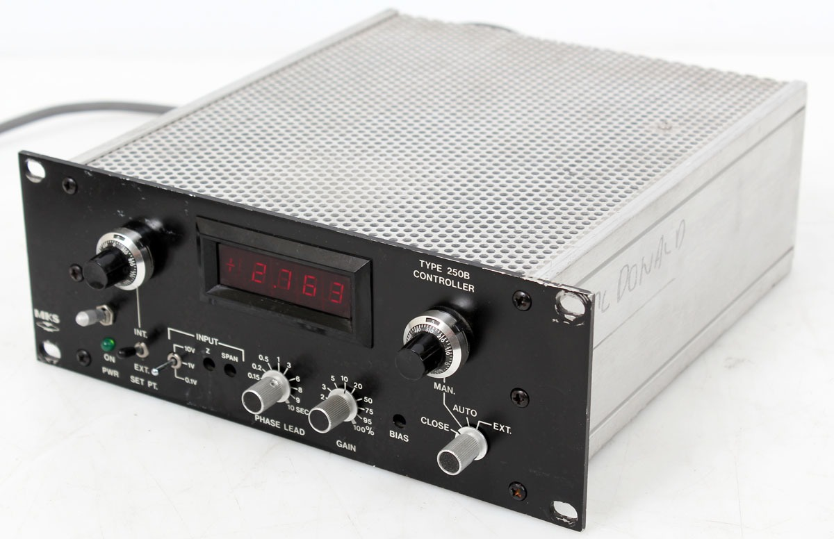 MKS Type 250B-1-A Automatic Pressure Controller