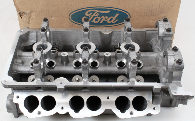 Ford OEM Cylinder Head F6DZ6049D, Left Side w/Valve Assembly 96-99 Taurus 3L