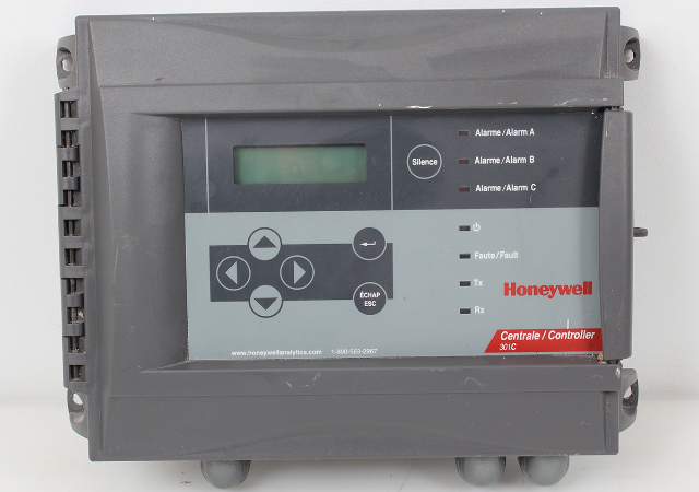 Honeywell Controller 301C with Optional Datalogger and BACnet Interface