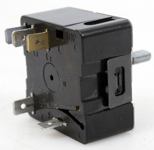 Robertshaw Electric Infinite Control Switch 120V 15A, INF-120-85