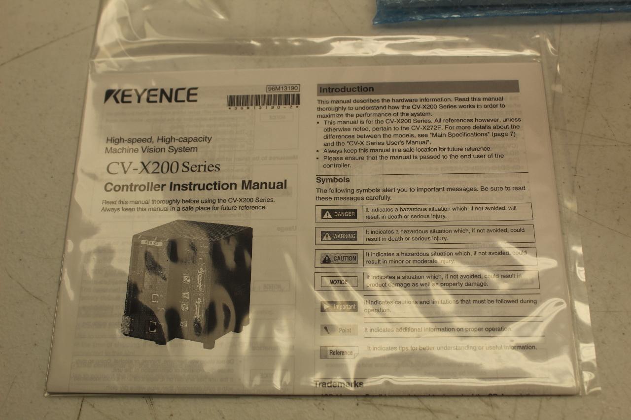 Keyence CV-X252AP Machine Vision Controller New In Box