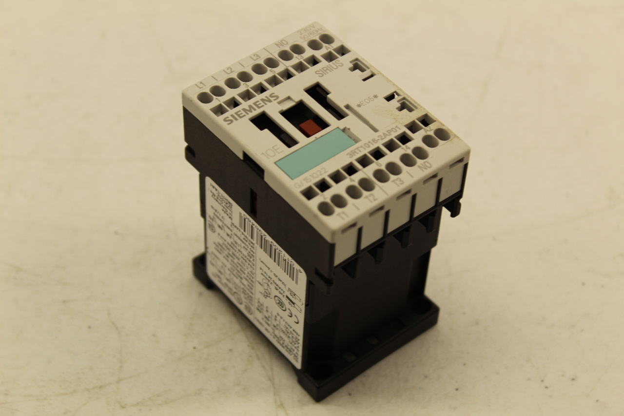 SIEMENS 3RT1015-1AF02 SIRIUS 3R CONTACTOR USED FREE SHIPPING