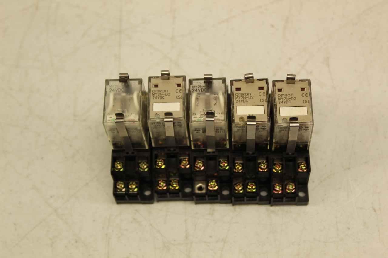 OMRON MY2N-D2 RELAY WITH BASE