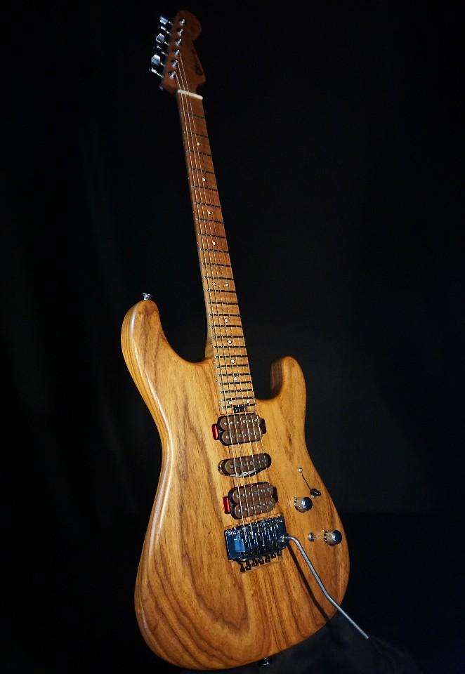 Charvel Custom Shop Signature Guthrie Govan HSH Caramelized Ash Guitar  GG18001796
