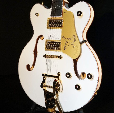 Gretsch G6636T Center Block White Falcon Guitar Players Edition Mint 2018