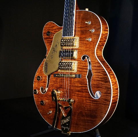Gretsch USA  Custom Shop G6120CST LH Lefty Curly Maple 3 pickup Nashville Guitar