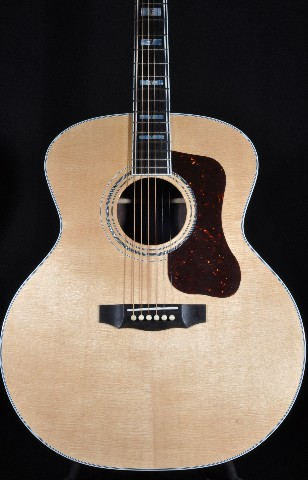 Guild USA F55  Natural Jumbo Acoustic Guitar W/Hardshell Case