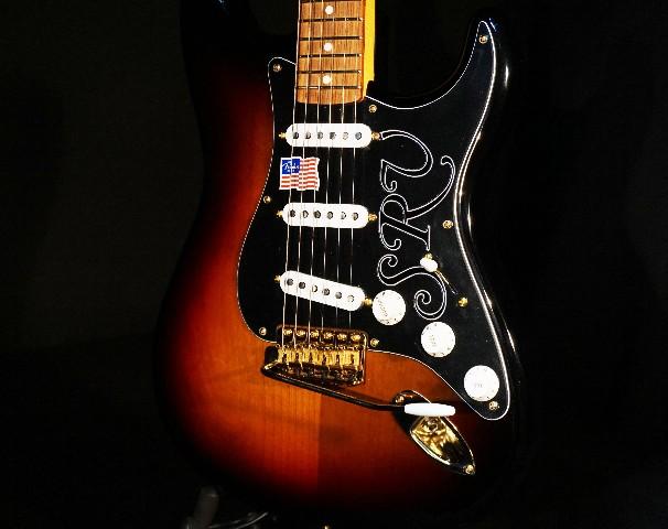 Fender Stevie Ray Vaughn SRV Signature Stratocaster 3-tone Sunburst