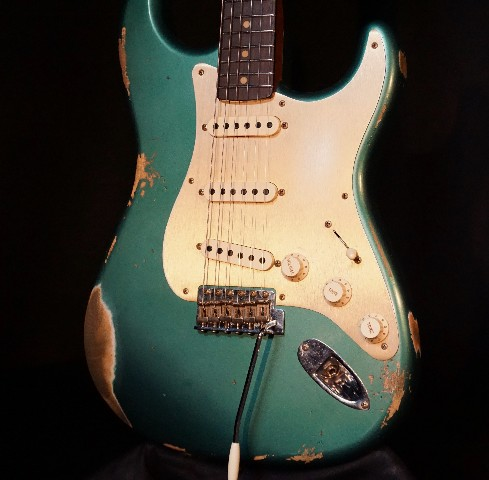 Fender 2017 Limited Heavy Relic '59 Roasted Stratocaster Aged Sherwood Green Guitar