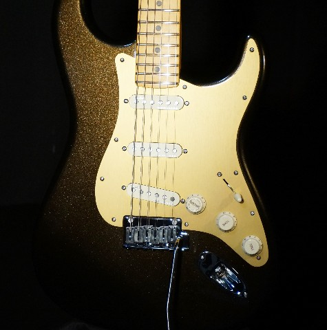Fender American Ultra Stratocaster Texas Tea Maple Neck Guitar US19099748