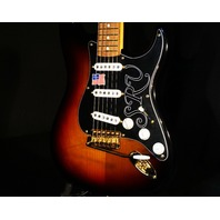 Fender Stevie Ray Vaughn SRV Signature Stratocaster 3-tone Sunburst