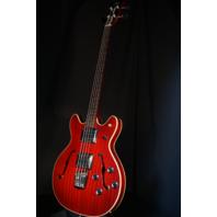 Guild Starfire II Bass Cherry Finish Hardshell Case Included KSG1705382