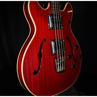 Guild Starfire II Bass Cherry Finish Hardshell Case Included KSG1704564