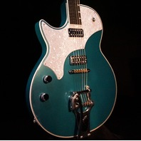 TV Jones Lefty Spectra Sonic Supreme Metallic Teal Guitar W/Hardshell Case