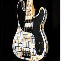Fender Prestige Atomic Bass Vincent Van Trigt MB Sarah Gallenberger Artwork