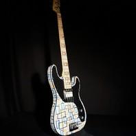 Fender Prestige Atomic Bass Vincent Van Trigt MB Sarah Gallenberger Artwork