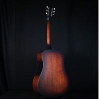 Guild USA D20E VSB A/E Dreadnought Vintage Sunburst Guitar W/Hardshell