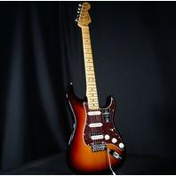 Fender American Pro II Stratocaster HSS Maple Neck  3-Tone Sunburst  Guitar US20085501