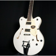 Gretsch G5622T Electromatic Center Block Guitar White Limited Edition