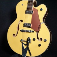 Gretsch G6196TSP-BY Bamboo Yellow Country Club Guitar JT111125146