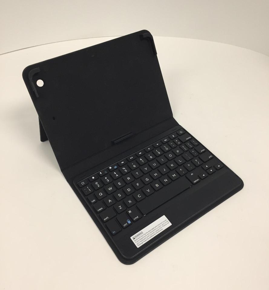 2c46e89a5ac ... ZAGG Messenger Folio Tablet Keyboard Case for iPad mini 2 / iPad mini 3  - Black ...