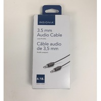 Insignia 1.8m (6 ft.) 3.5mm Stereo Audio Cable (NSMH32-C) - Black