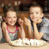 Ice Cream Maker 1 Quart Capacity By Classic Cuisine - White
